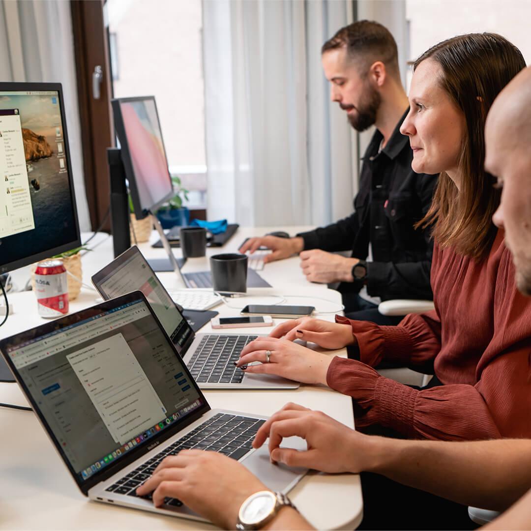 naes_and_friends_social_media_marketing_SMM_stockholm_SoMe